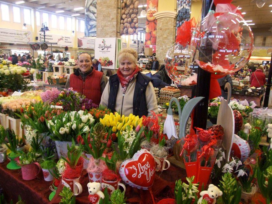 Valentin napra készül a Piaccsarnok